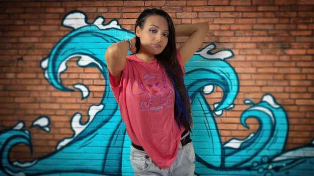 VeronicaWAVEGraffiti